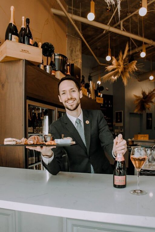 Fizz Champagne Bar is OPEN!! Raymond Opening Again
