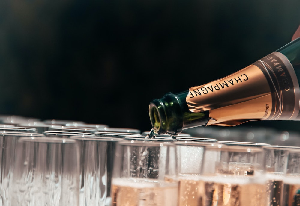 What is Champagne? All you need to know about Champagne filling up champagne