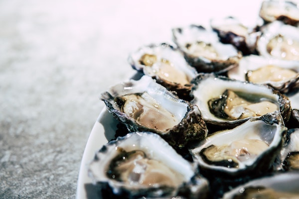 Oysters go very well with the mineral qualities of blanc de blancs.