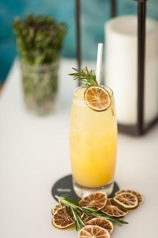 Sweet Champagne - Doux, Demi Sec, Sec mimosa cocktail