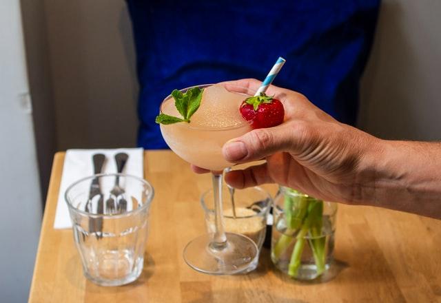 Prosecco vs Champagne - The Differences pomegranate and orange punch