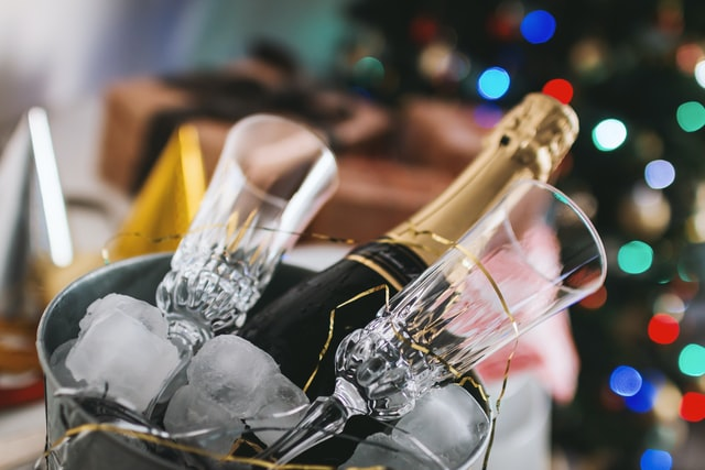 Ice Cold Champagne - An Emerging New Trend chilling champagne